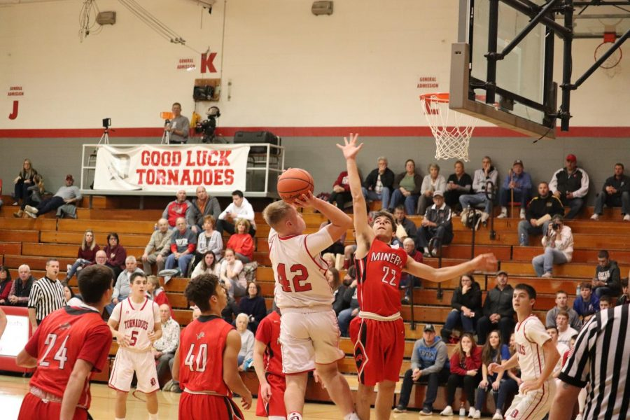 Dover Boys Basketball Season Opener